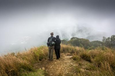 dalat vietnam langbiang mountain clouds