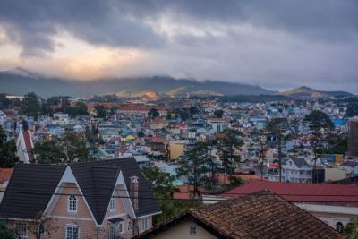 Dalat vietnam city overview