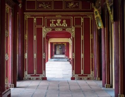 vietnam hue citadel hallway