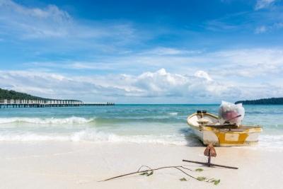 Boat at the beach of koh rong samloem
