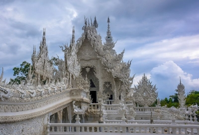 thailand chang rai white temple