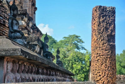 thailand sukhotai buddhas