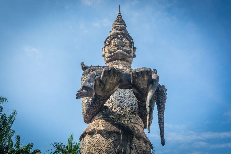 laos vientiaene buddhat closeup