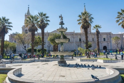 fountain plaza de armas arequipa