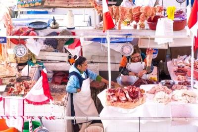 meat seller arequipa mercado san camillio