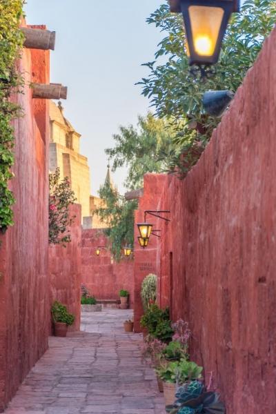 alley monasterio arequipa peru