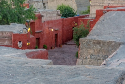 alleys monasterio arequipa peru