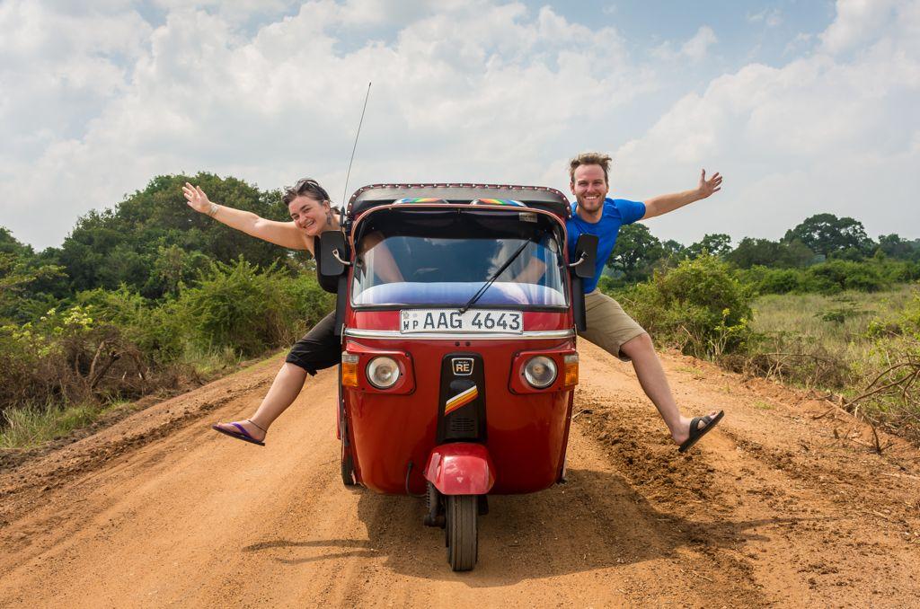 how to rent your own tuktuk sri lanka