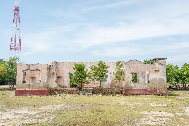 jaffna sri lanka desolated house