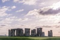 stonehenge free visit view