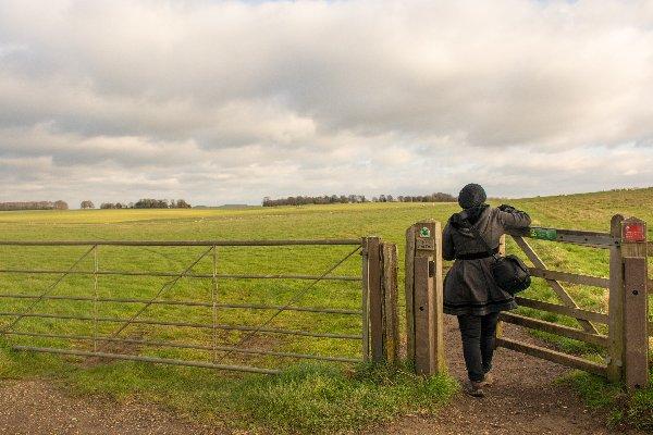 opening fence free visit stonehenge