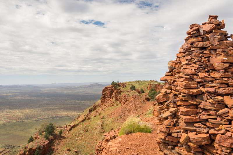 summit mount bruce karijini western australia