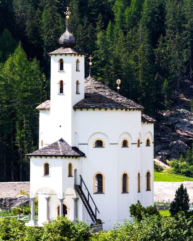 round church saas balen switzerland